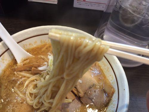 らーめん颯人 麺