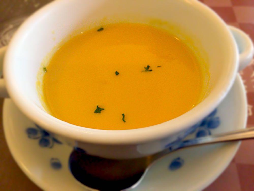 ポタージュスープ 鎌倉パスタ